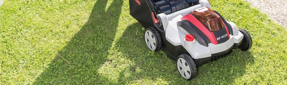 Cordless Lawn Scarifiers
